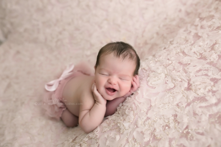 Lizzy McMillan Arizona Newborn Photographer Momento Studios Newborn Girl Phoenix Arizona Mesa Arizona-02
