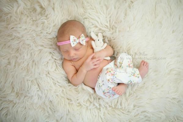 Lizzy McMillan Arizona Newborn Photographer Momento Studios Newborn Girl Phoenix Arizona Mesa Arizona-12