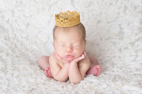 Lizzy McMillan Arizona Newborn Photographer Momento Studios Newborn Girl Phoenix Arizona Mesa Arizona-17