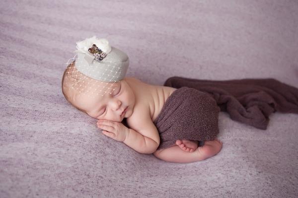 Lizzy McMillan Arizona Newborn Photographer Momento Studios Newborn Girl Phoenix Arizona Mesa Arizona-31