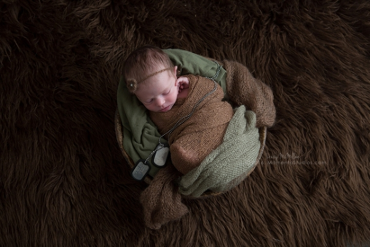 Lizzy McMillan Arizona Newborn Photographer Momento Studios Newborn Girl Phoenix Arizona Mesa Arizona-32