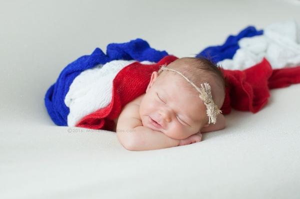 Lizzy McMillan Arizona Newborn Photographer Momento Studios Newborn Girl Phoenix Arizona Mesa Arizona-33