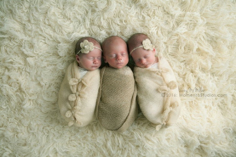 Momento Studios Arizona Newborn Photographer Newbown Photography Mesa Arizona Lizzy McMillan Gilbert Arizona Scottsdale Arizona Tempe Arizona Twins Triplets Multiples Whisperer Newborn Whisperer-061