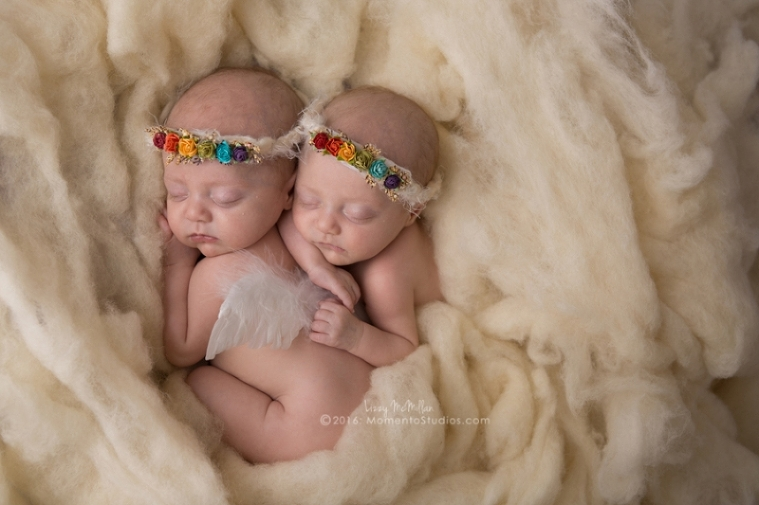 Momento Studios Arizona Newborn Photographer Newbown Photography Mesa Arizona Lizzy McMillan Gilbert Arizona Scottsdale Arizona Tempe Arizona Twins Triplets Multiples Whisperer Newborn Whisperer-084