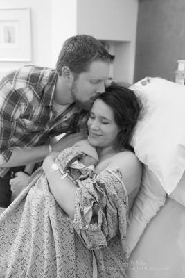 Momento Studios Lizzy McMillan Arizona Birth Photographer Delivery photography birth photography mesa phoenix scottsdale gilbert chandler-027