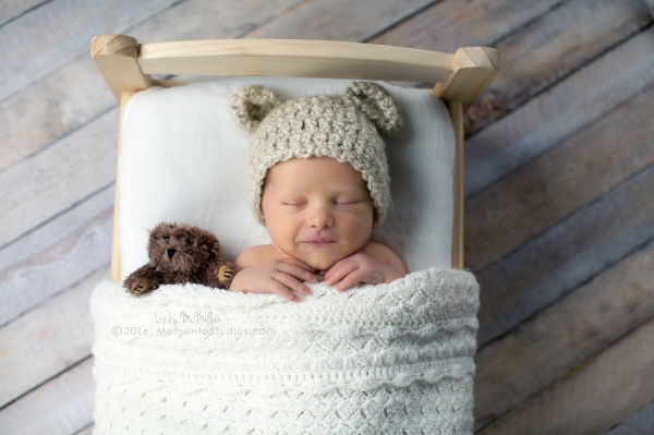 Lizzy McMillan Arizona Newborn Photographer Momento Studios Newborn Boy Phoenix Arizona Mesa Arizona-34