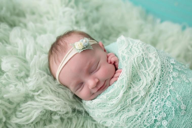 Lizzy McMillan Arizona Newborn Photographer Momento Studios Newborn Girl Phoenix Arizona Mesa Arizona-47